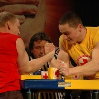 Ukraine and World Against AIDS # Armwrestling # Armpower.net