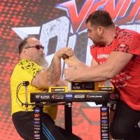Armfight #48 - Bresnan vs Kvikvinia # Armwrestling # Armpower.net