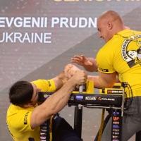 Zloty Tur 2017 - left hand finals # Siłowanie na ręce # Armwrestling # Armpower.net