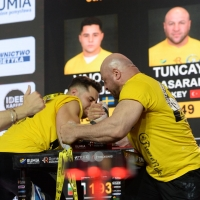 Zloty Tur 2018 - eliminations right hand # Armwrestling # Armpower.net